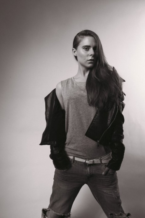 Lisa Black and White Fashion